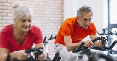 atividade física e alongamento